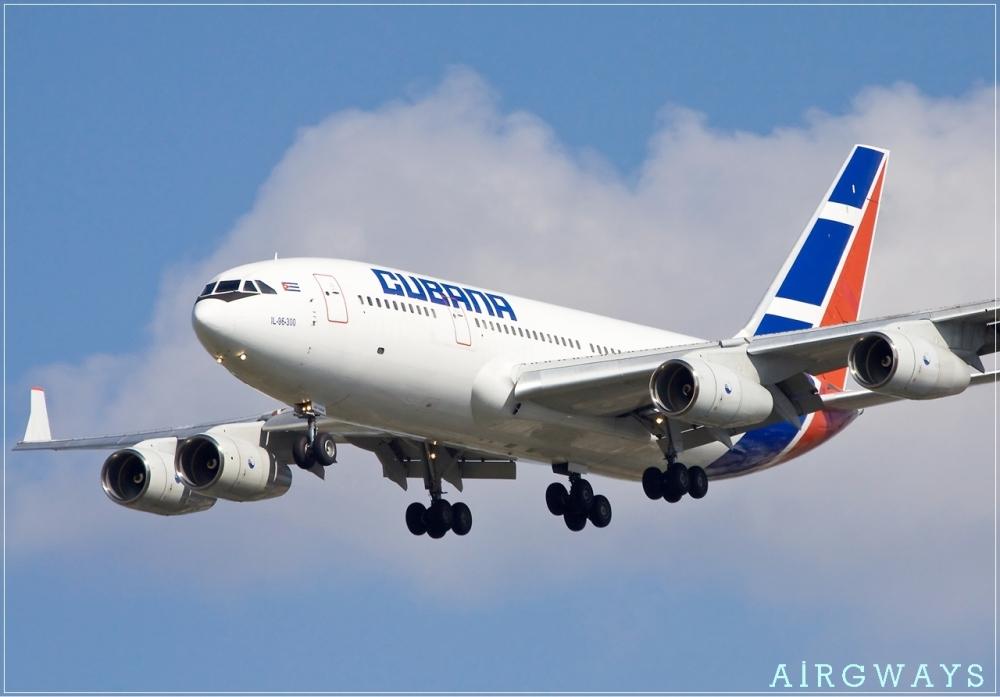 Cubana_Ilyushin_Il-96-300_Simon