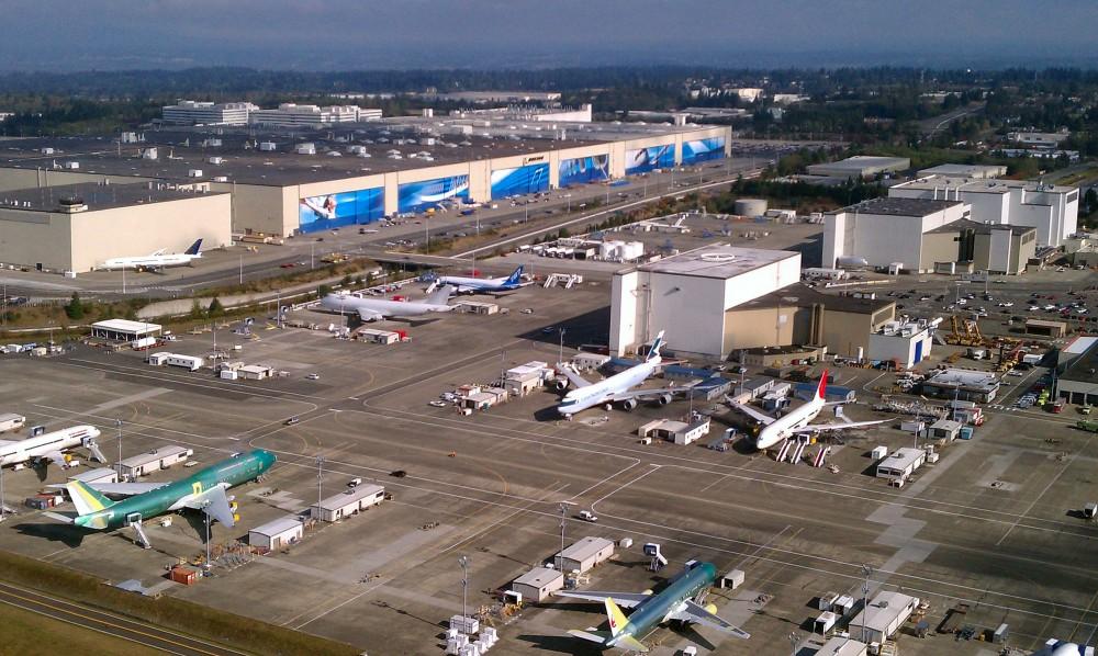 Aerial_Boeing_Everett_Factory_October_2011