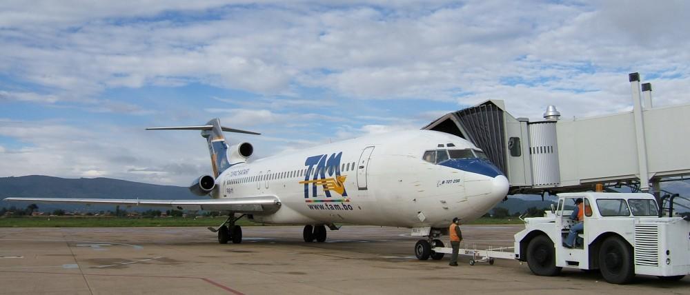TAM_727-200