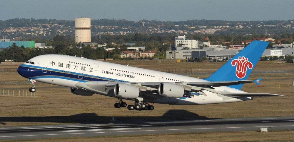 A380_CSN_A380_take_off_to_Beijing_PM.jpg