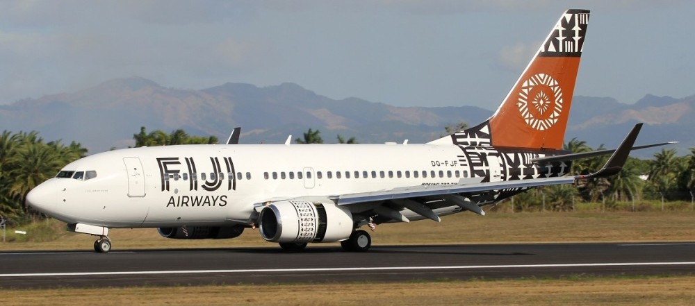 Fiji_Airways_Boeing_737-700_after_touch_down_at_Nadi_International_Airport.jpg