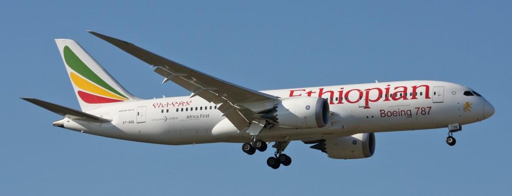 Ethiopian_Airlines_Boeing_787-8_Dreamliner_ET-AOQ_-Africa_First-_(25804330376).jpg