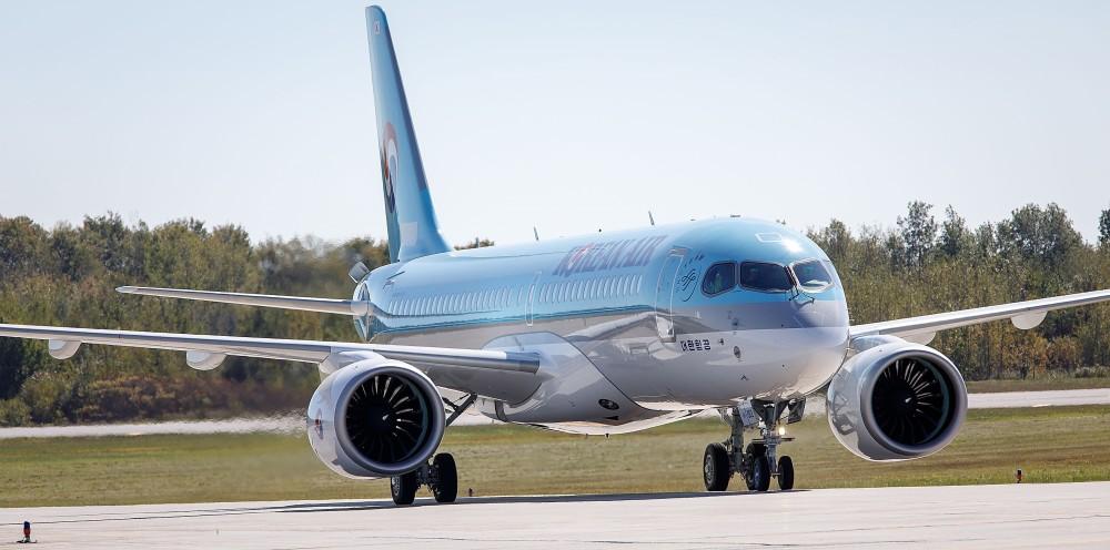 636496240686637635-Bombardier---Korean-Air---002---20171002---3446 (1)
