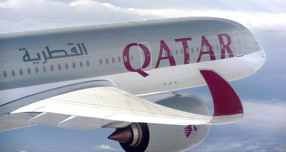 A350_XWB_Qatar_airways_air_to_air.jpg