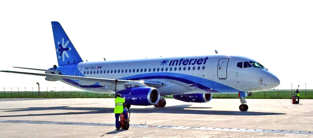 Resultado de imagen para Interjet Sukhoi SSJ-100