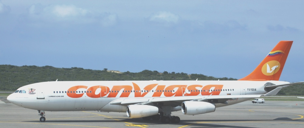 YV1004_Airbus_A.340_ConViasa_(7462212878).jpg