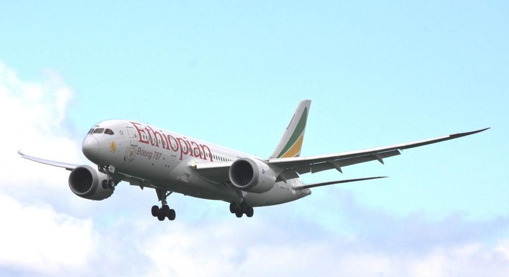 Ethiopian_Airlines_Boeing_787-8_Dreamliner_ET-AOR__Addis_Ababa__(25203614933).jpg