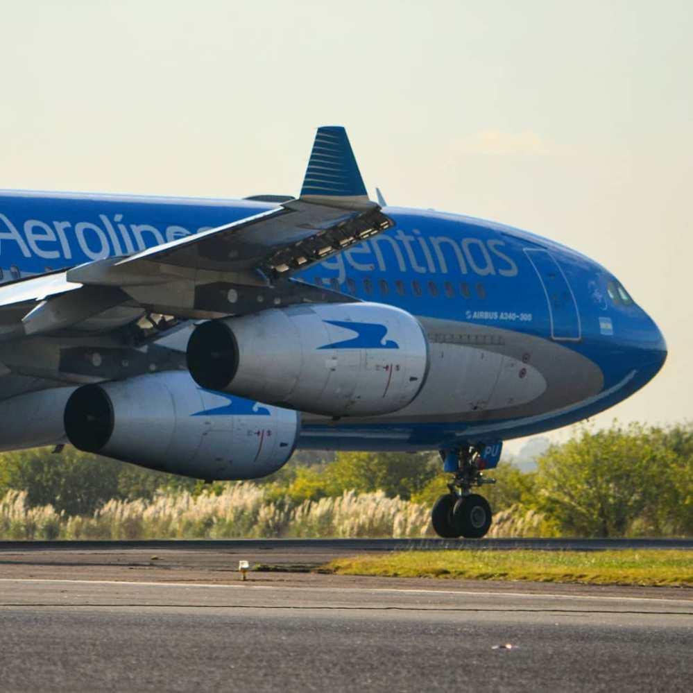 Resultado de imagen para Aerolíneas Argentinas A340