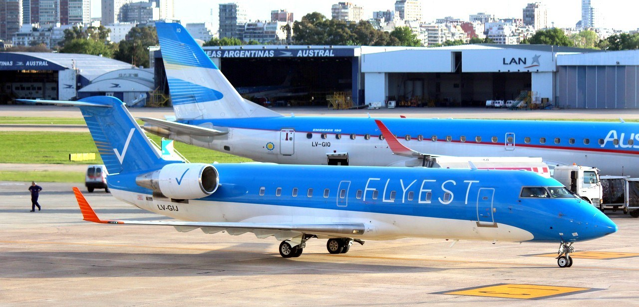Flyest iniciará Buenos Aires-Santa Fe |