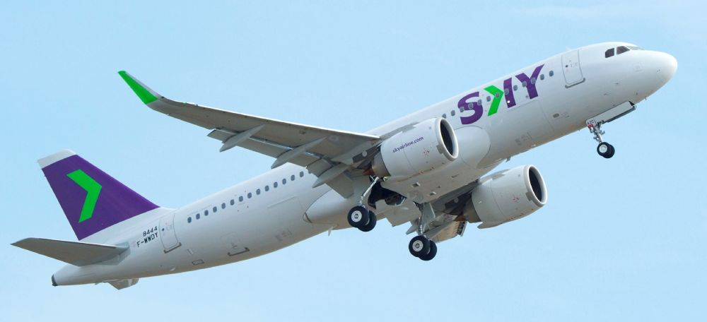 A320neo-Sky-Airlines-MSN8444-take-off-008