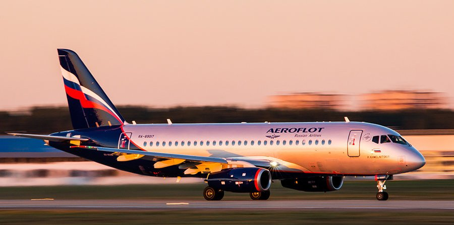 Aeroflot_SSJ100-sukhoi.jpg