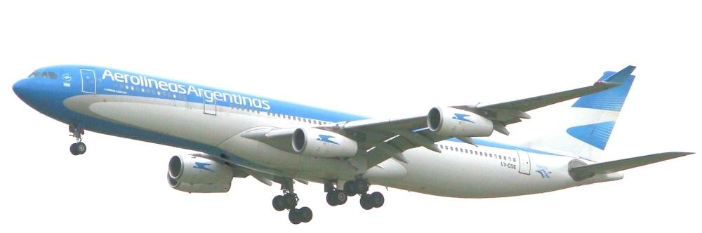 Airbus_A340-300_(LV-CSE)_de_Aerolíneas_Argentinas
