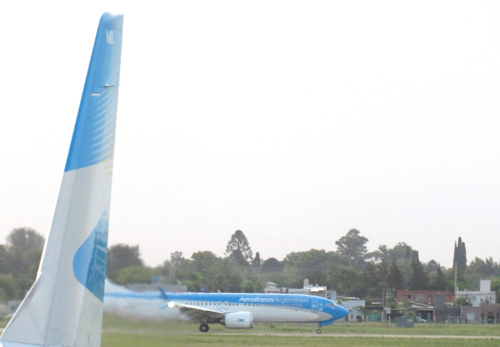 AW-78800151.JPG