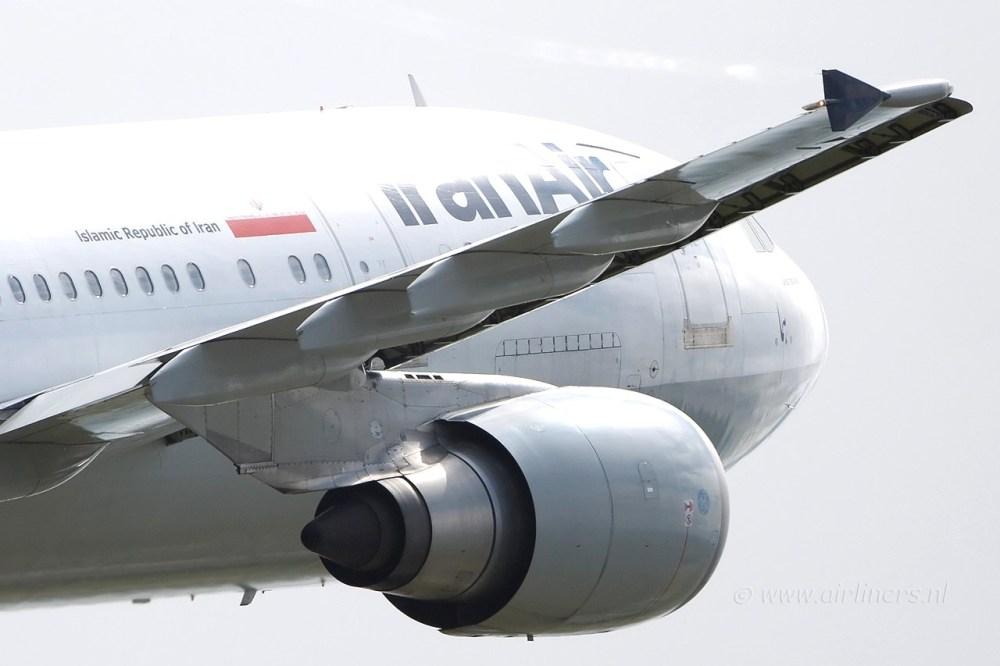AW-110609-Iran-Air.jpg