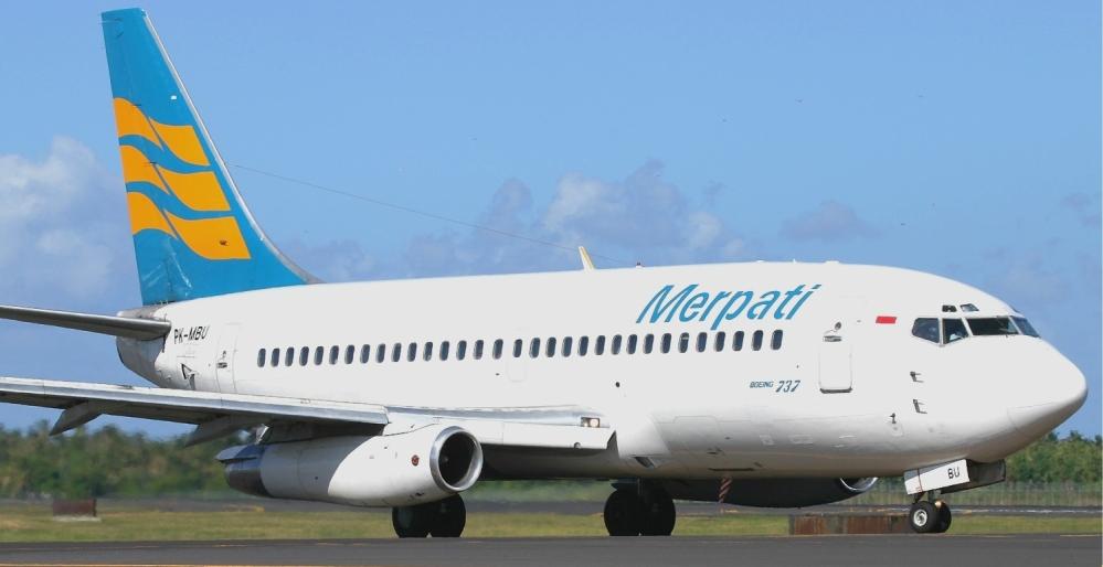 Merpati_Boeing_737-200_Pichugin.jpg
