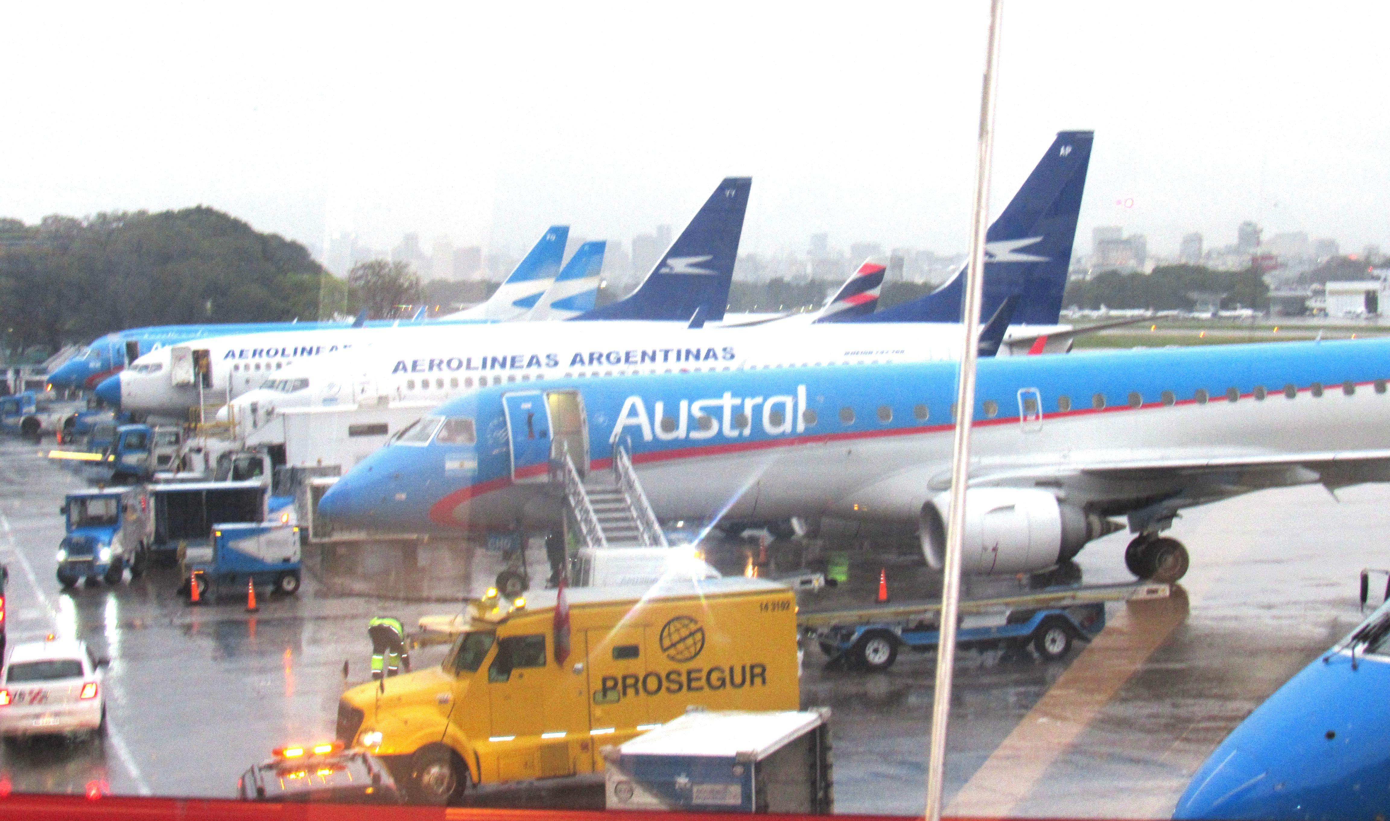 Aerolíneas Argentinas firma contrato de ingeniería con Boeing |