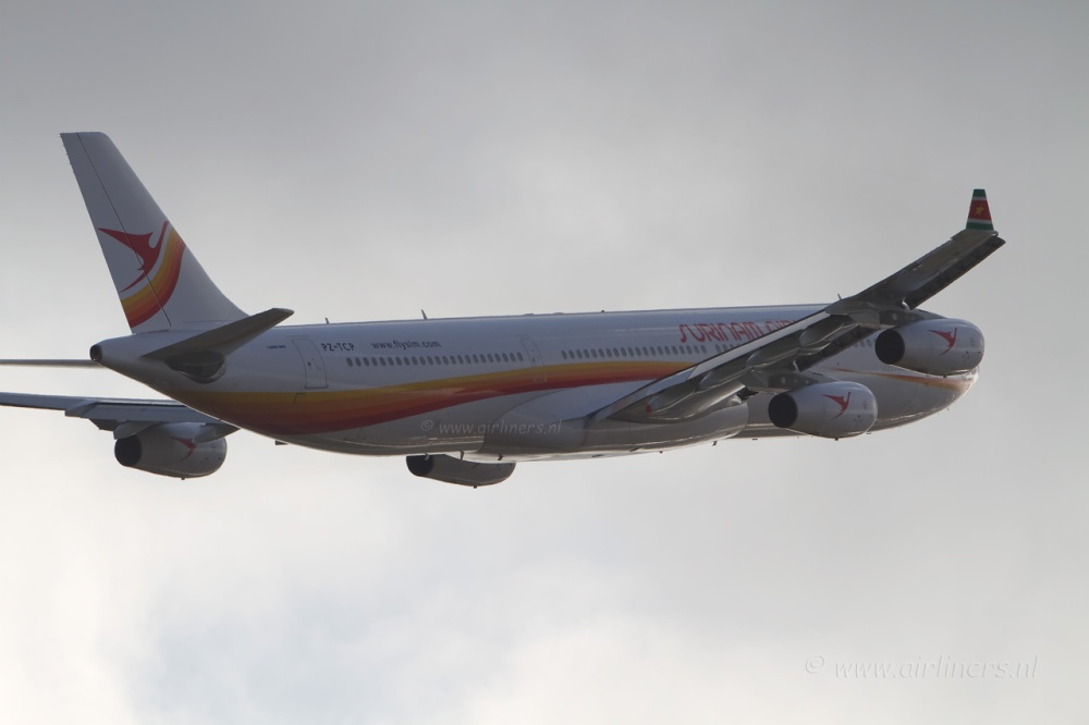 010310-Surinam-Airways-SLM[1].jpg