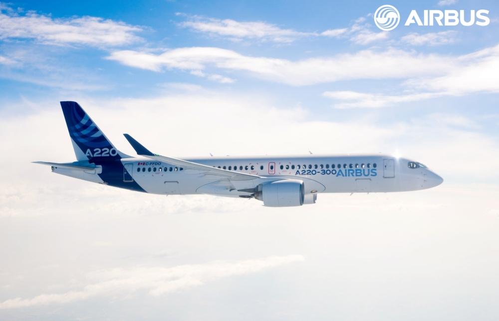 A220-300-in-flight-003.jpg