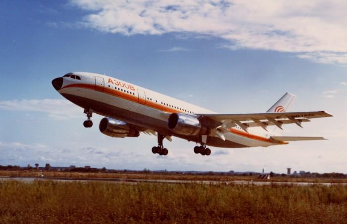Resultado de imagen para Airbus A300 first flight