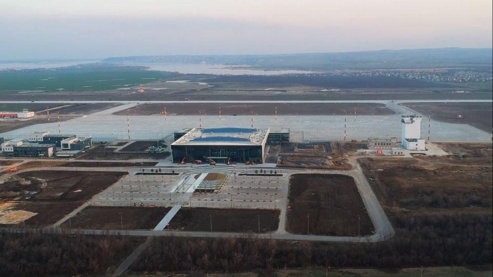 AW-7008-Wk-Saratov_Gagarin_airport_April_2019.jpg