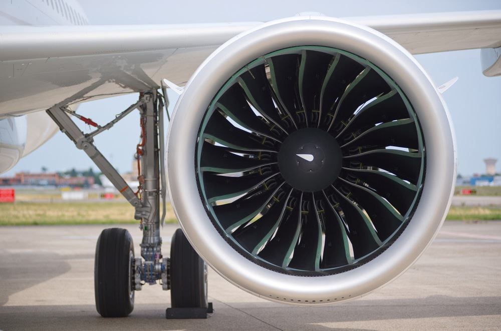 AW-Airbus_A320neo_Airbus_detail_engineW.jpg