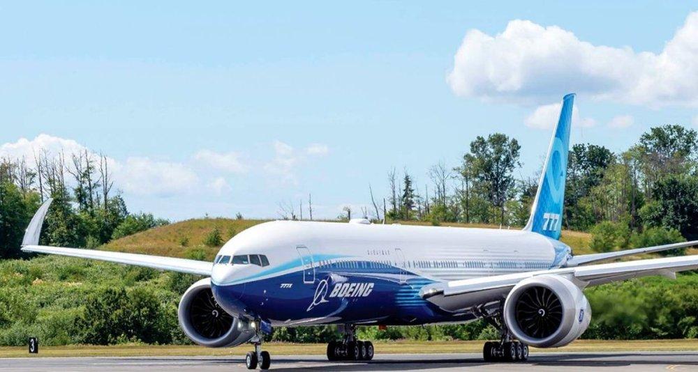 AW-Boeing 777-9_70009.jpg