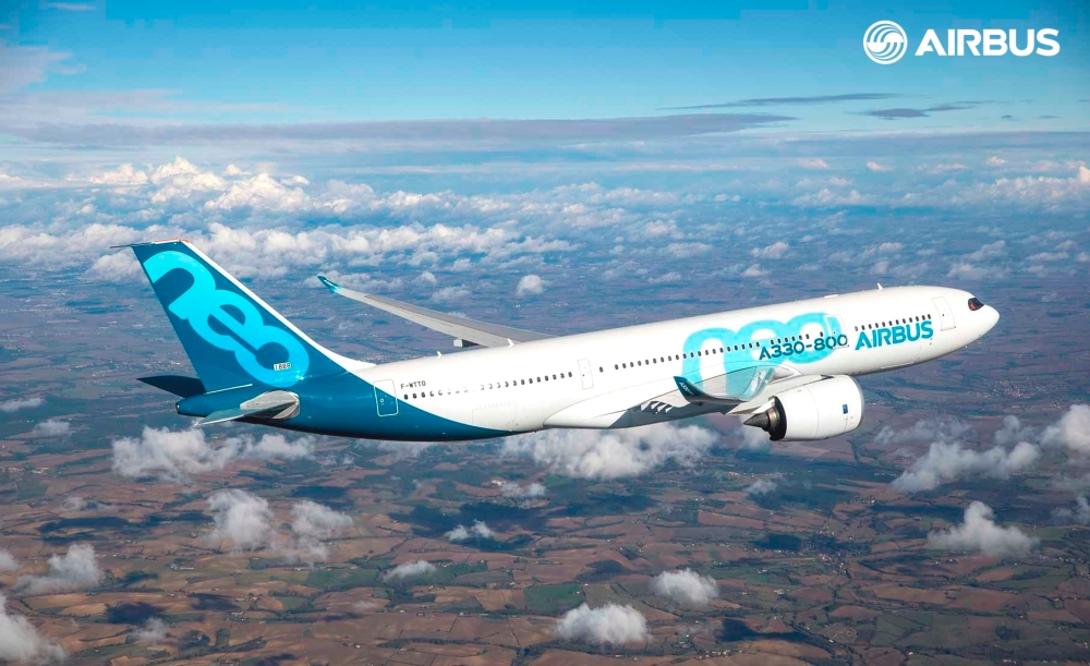A330-800-first-flight-air-to-air-