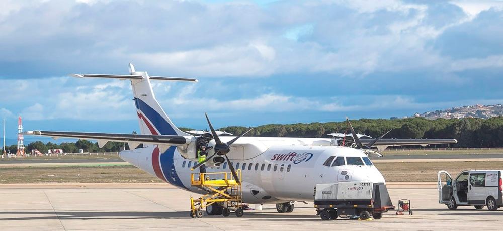 AW-Aeroasturias_ATR-42-300F-EC-IVP-Swiftair
