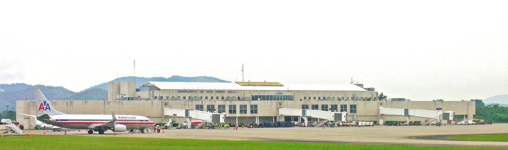 AW-Wk-Ramón_Villeda_Morales_International_Airport_San_Pedro_Sula_Honduras