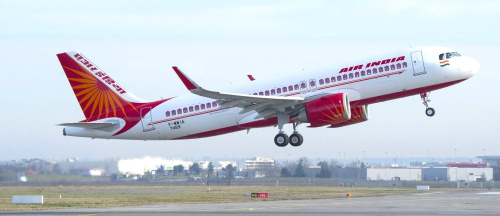 AW-A320neo_Air_India_take_off-010