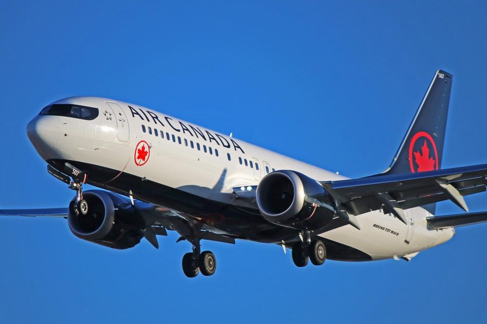 AW-Aircanada_737800