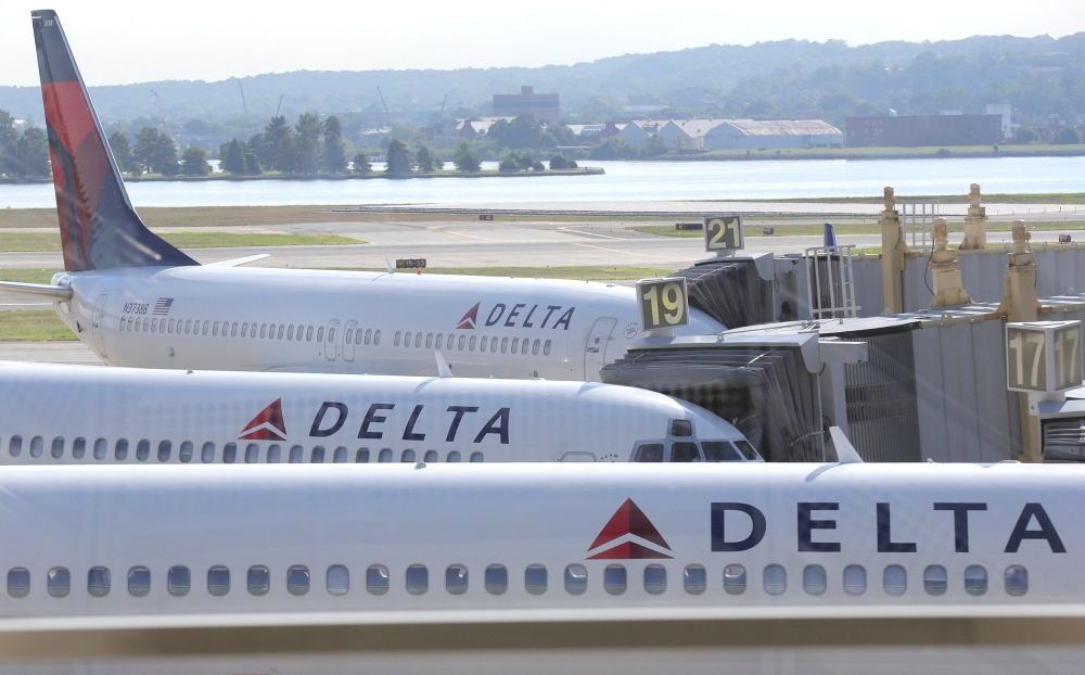 DELTA AIR-M&A/REFINERY