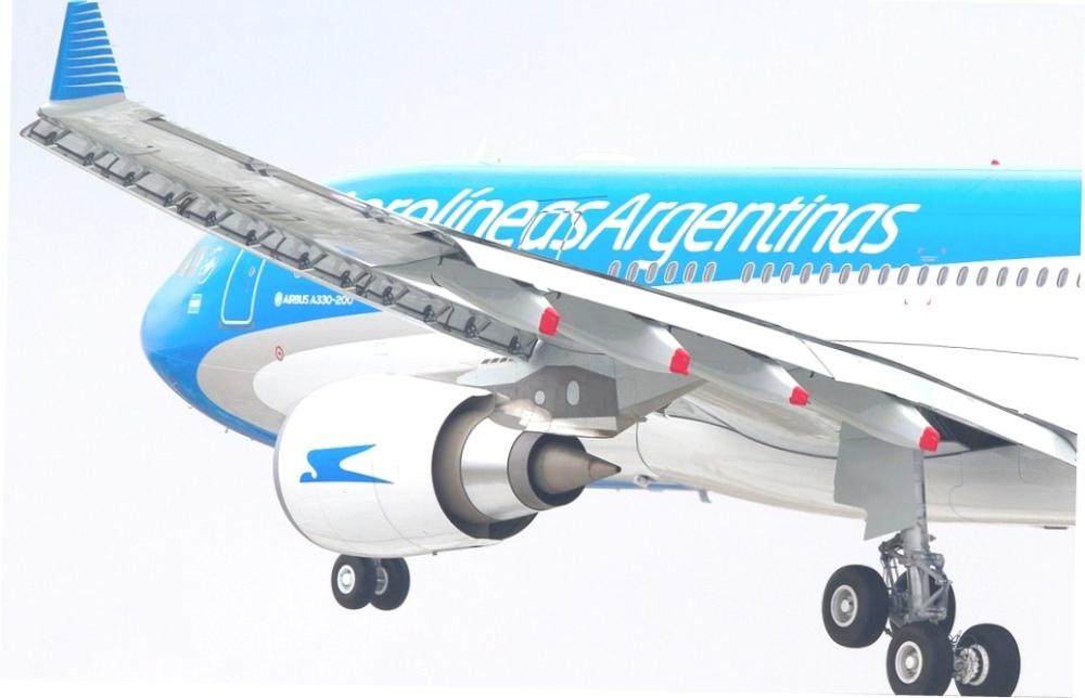 AW-Aerolíneas_Clement_Allons