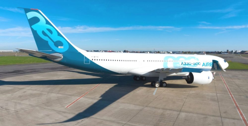 AW-Airbus_A330800NEO_70005