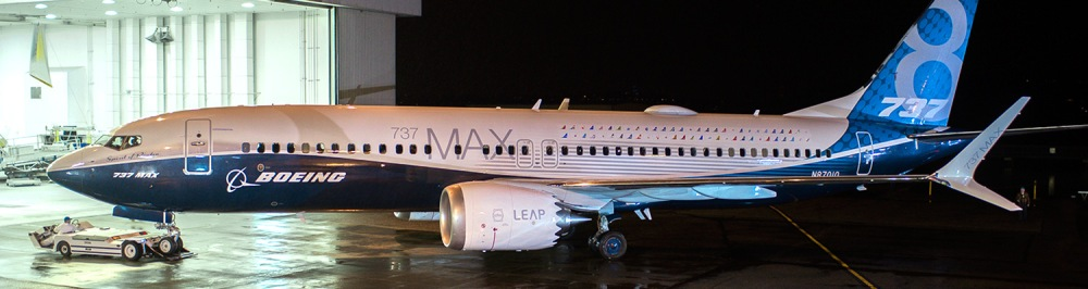 AW-Boeing_700877