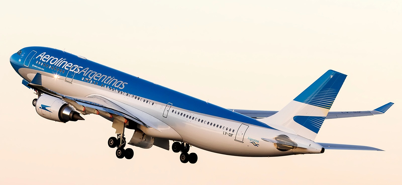 AW-Planespotters_330