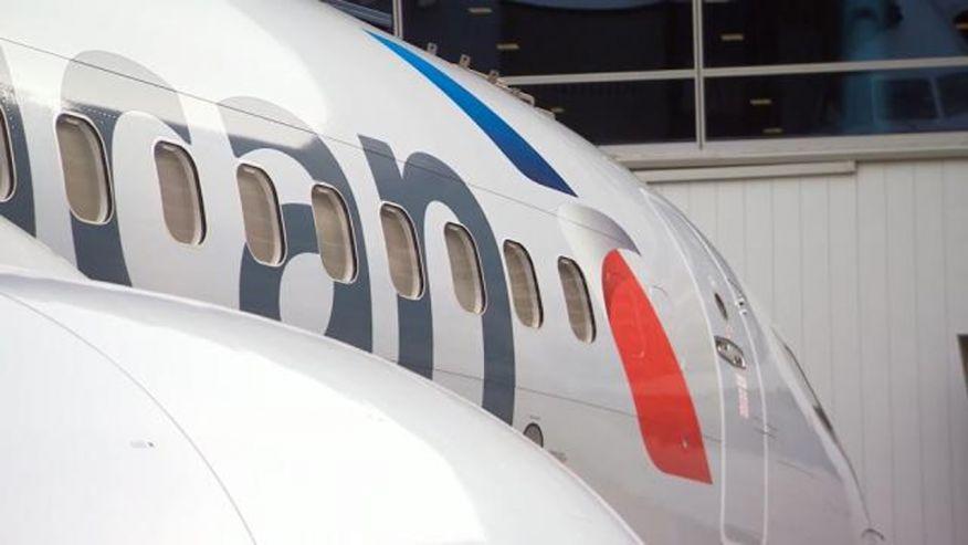 american_plane_window