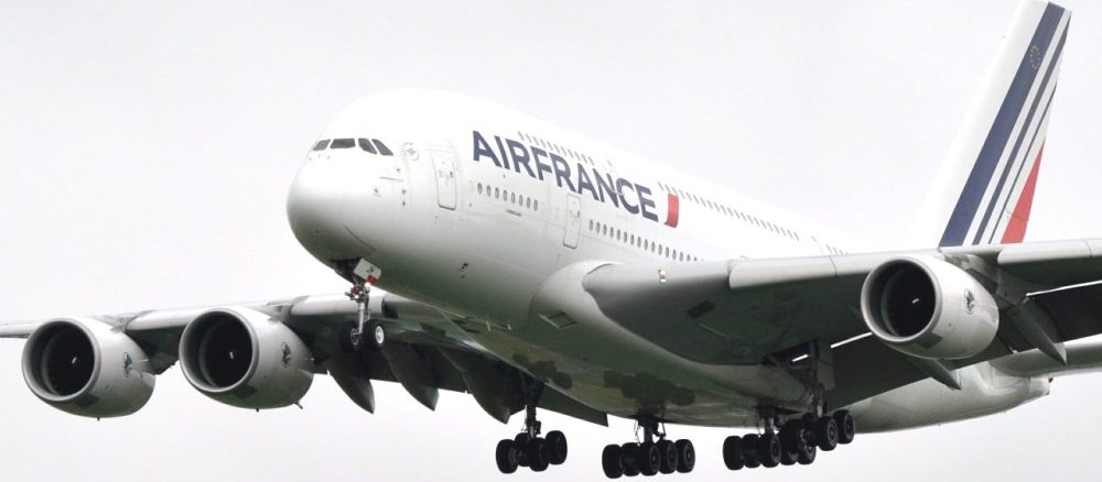 AW-Airbus-A380_001