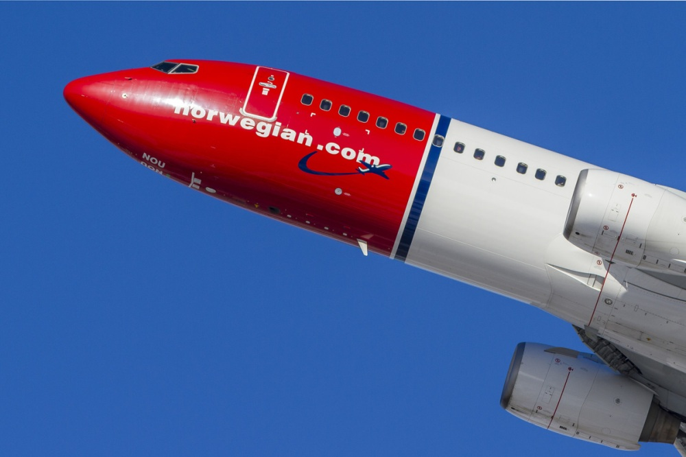 AW-Norwegian-takeoff