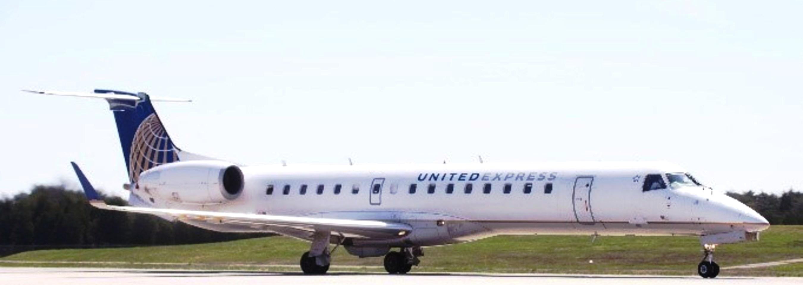 United se asocia con CommutAir |