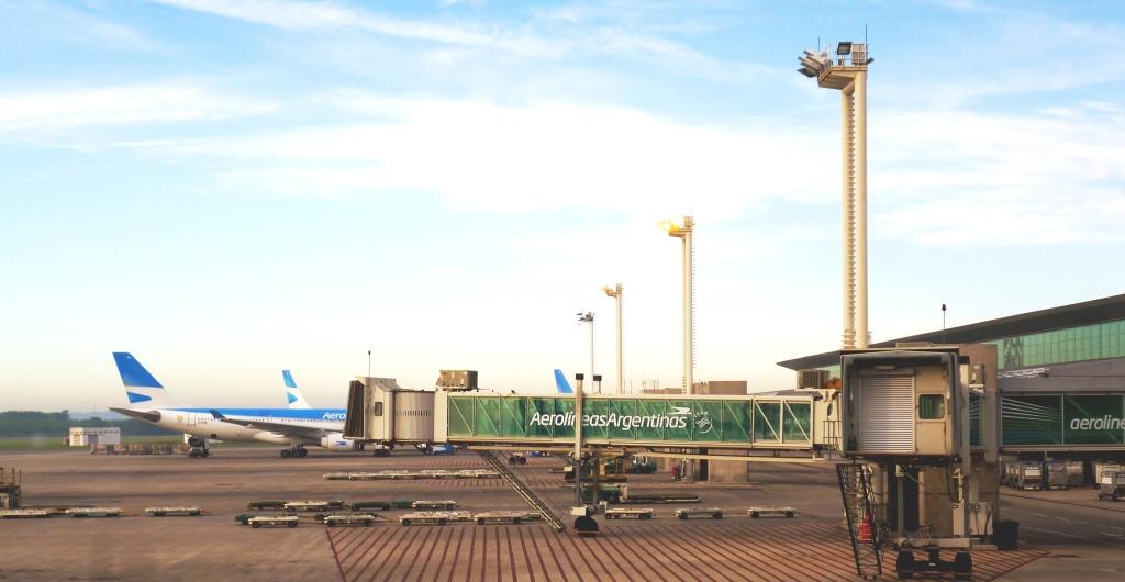 Aéreas extranjeras suspenden Ezeiza |