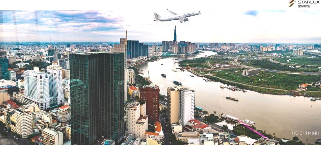 La imagen tiene un atributo ALT vacío; su nombre de archivo es aw-starlux-airlines_ho-chi-minh.jpg