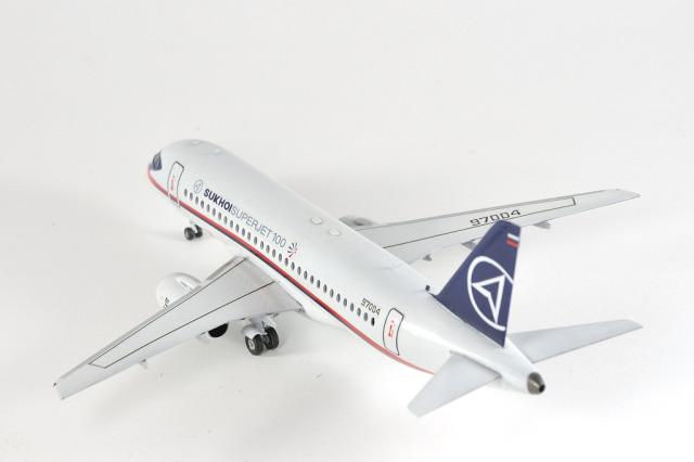 SSJ-100_0003